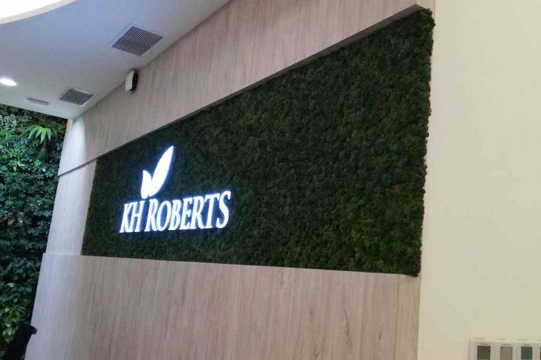 KH Roberts